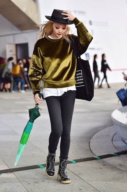 Velvet grunge gold streetstyle streetstyle streetwear kfashion korean fashion - Wheretoget