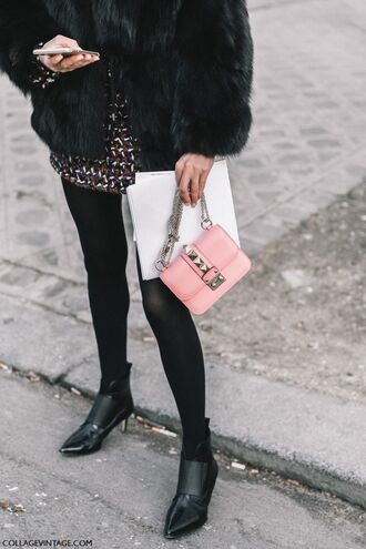 shoes tumblr fashion week 2017 streetstyle boots black boots ankle boots mid heel boots bag pink bag chain bag mini skirt skirt printed skirt jacket black jacket black fur jacket fur jacket faux fur jacket tights opaque tights