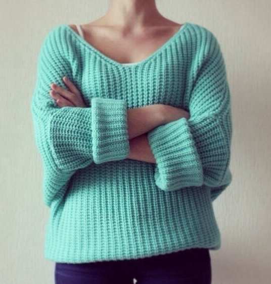 Neck sweater
