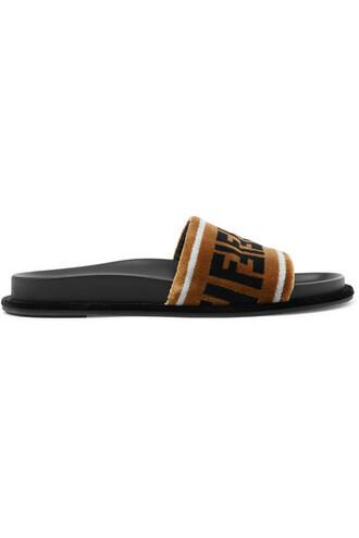 light print velvet brown shoes