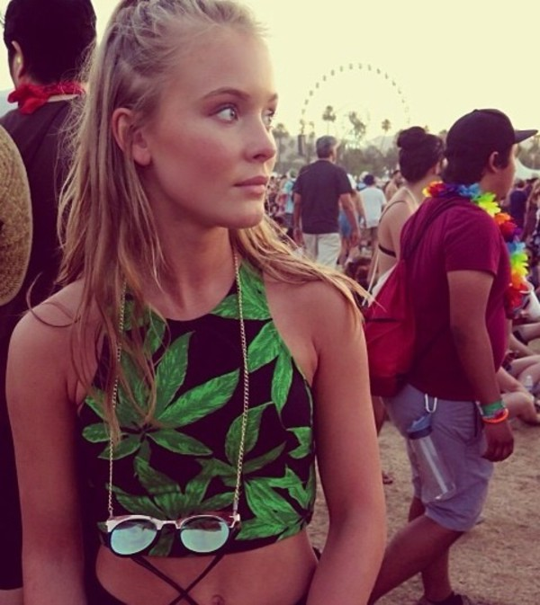 top tanktop white pink zaralarsson weed black green dress green blackshirt t-shirt shirt sunglasses