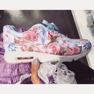 shoes pastel pretty girls girly spring sportswear fitness fitness shoes pretty in pastel blossom blossoms girly shoes
