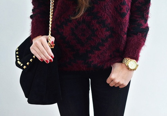 sweater black pattern long sleeved wool thick heavy maroon stripes diamonds winter outfits fall outfits large baggy elegant wine red soft warm classy bag black bag sunglasses black red pullover purple