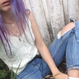 t-shirt grunge alternative pale shirt white ripped jeans pale grunge aesthetic