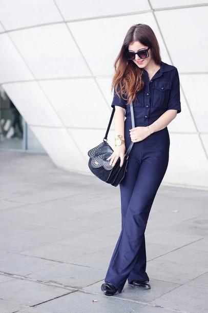 elodie in paris blogger jumpsuit shoulder bag bag jewels sunglasses