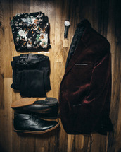 stay classic,blogger,hipster menswear,floral shirt,mens shoes,velvet,menswear,mens blazer,mens derby shoes,mens tuxedo