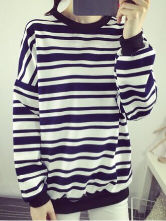 sweater baggy tomboy fashion style casual winter outfits fall outfits stripes long sleeves oversized sweater black and white