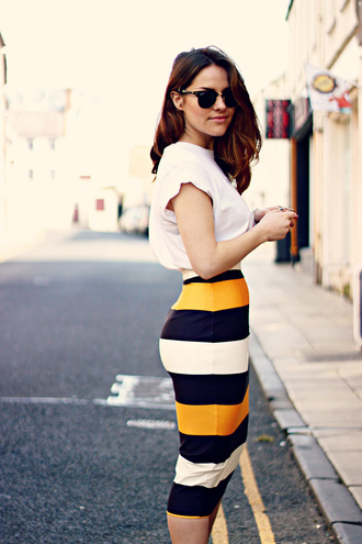 the little magpie blogger white t-shirt striped skirt pencil skirt spring outfits spring skirt