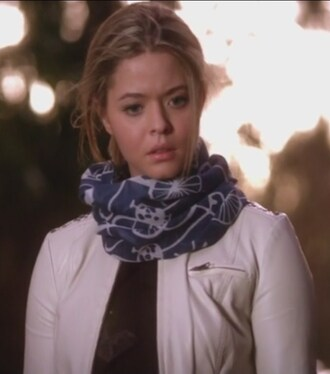 jacket sasha pieterse alison dilaurentis pretty little liars faux leather scarf