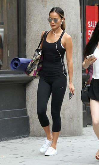 leggings top tank top jamie chung sneakers sunglasses sportswear blogger all black everything