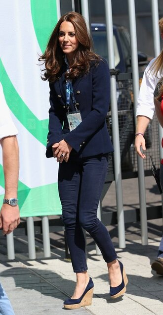 kate middleton shoes jacket pants blazer dark jeans