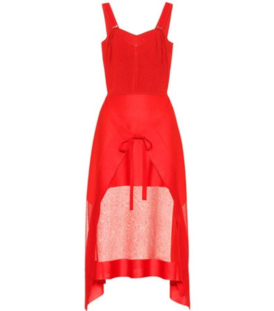 Alexander McQueen Knitted dress in red