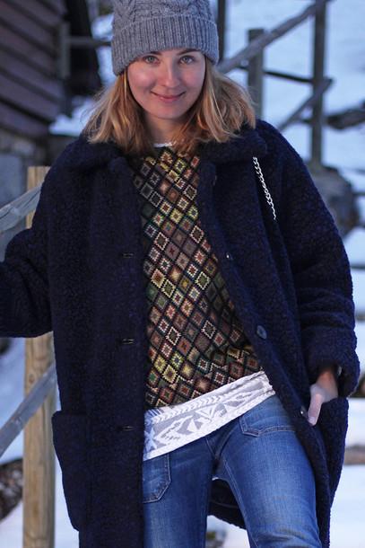 jane's sneak peak blogger sweater jeans knitted beanie fuzzy coat