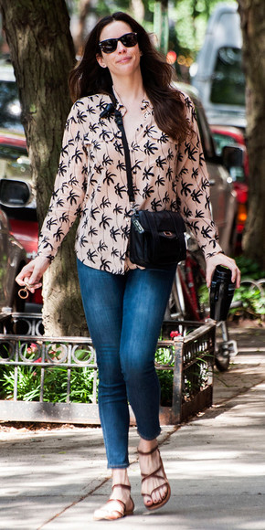 liv tyler jeans shoes bag blouse palm tree print