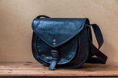 bag,black bag,leather bag,saddle bag,hipster bag,hipster,hipster grunge,grunge,hippie bag,boho bag,black leather bag,BLACK SADDLE BAG,crossbody bag