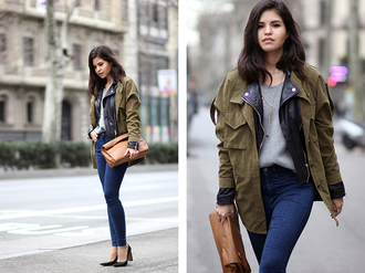 fake leather blogger jeans brown leather bag army green jacket grey sweater spring jacket