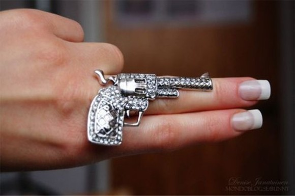 jewels gun ring silver