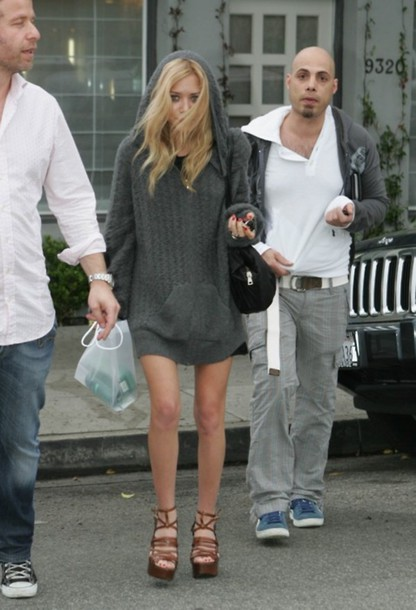 wool oversized mary kate olsen grey sweater olsen olsens shorts