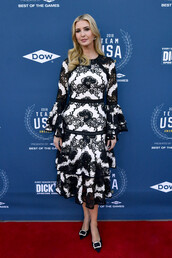 dress,black and white,midi dress,pumps,ivanka trump