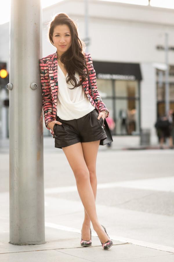 wendy's lookbook t-shirt jacket blouse bag shoes jewels
