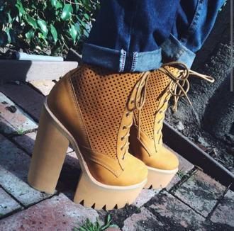 jeffrey campbell lug sole lug boots camel hottt