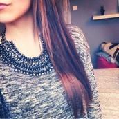 jewels,silver,black,grey,grey top,top,sweater,cute,girly