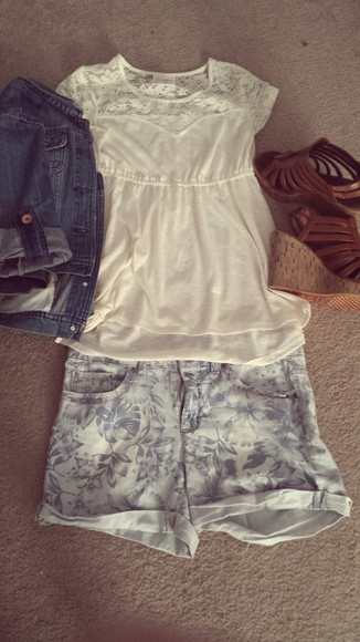 denim jacket light blue jeans shorts strappy wedges lace top hawaiian print