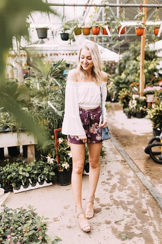 love lenore blogger top shorts shoes bag jewels