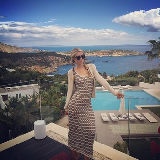 dress stripes maxi dress cardigan sunglasses paris hilton instagram