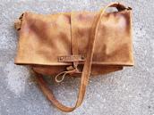 bag,mail carrier bag,brown leather bag,shoulder bag