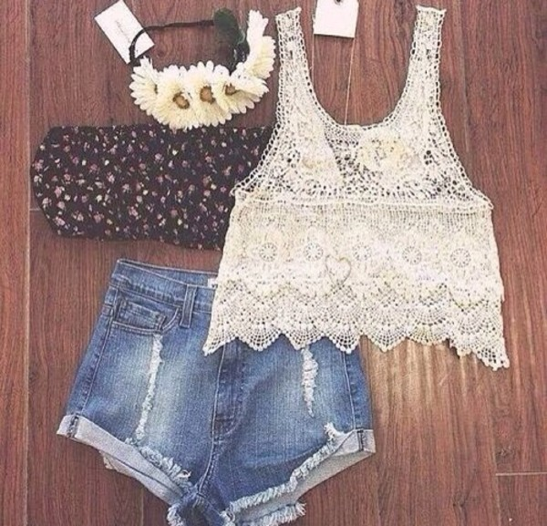 shorts jewels shirt white white lace lace top blouse flowy