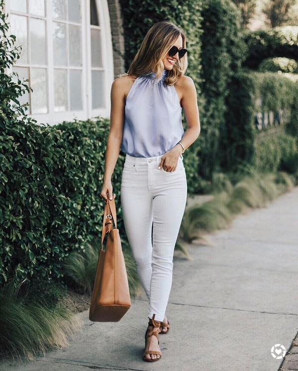 jeans white jeans brown bag blue top striped top tumblr skinny jeans sandals mid heel sandals bag top stripes tote bag shoes