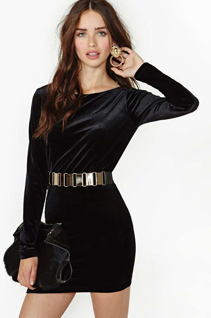 In The Deep Velvet Dress in  The Perfect 10 at Nasty Gal