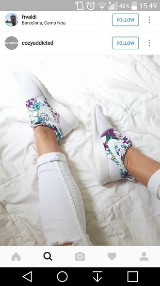 shoes nike roshe run white flowers