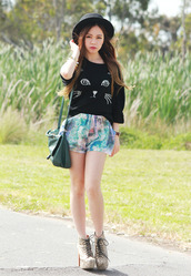 chloe ting,sweater,jewels,shorts,bag,hat,shoes