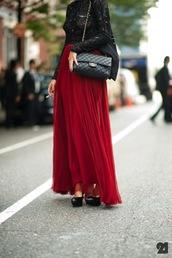 red skirt,skirt