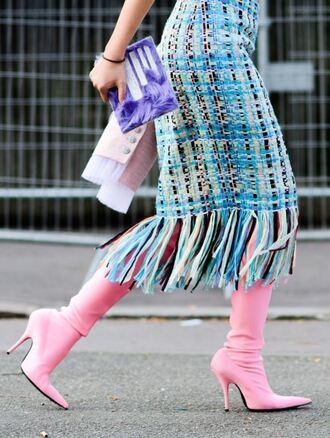 skirt boots streetstyle pink paris fashion week 2017 fashion week 2017