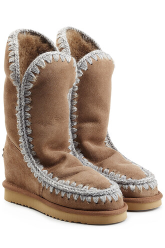 sheepskin boots brown shoes
