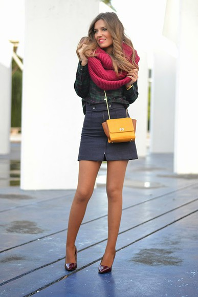 mini skirt knitted scarf pink ring lipstick scarf