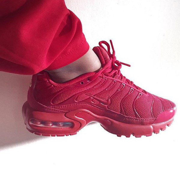 quality design 26ddc b9945 nike air max tn all red