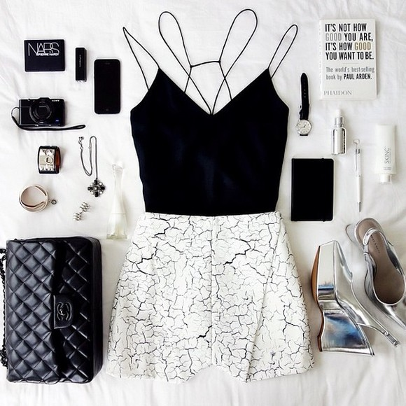 black low back tank top black top outfit crop crop tops black crop top crop-tops cut out back blouse cameo the label chanel hermes cuff belluspuera shoes jewels shorts bag t-shirt crop tops