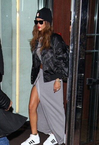 jacket rihanna veste black noir adidas jupe gris bonnet lunette de soleil top skirt shoes