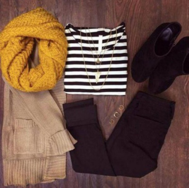 cardigan clothes boots ring pants jacket loop scarf loopscarf infinity scarf stripe shirt leather jeans scarf shirt striped shirt knit scarf yellow yellow scarf beige cardigan jewels jeans shoes t-shirt
