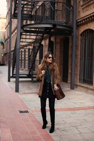 my daily style blogger coat skirt bag shoes