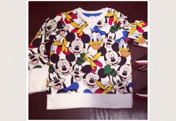 shirt mickey mouse and friends