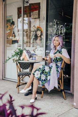 blogger dress late afternoon shoes bag white shoes midi dress floral dress spring dress