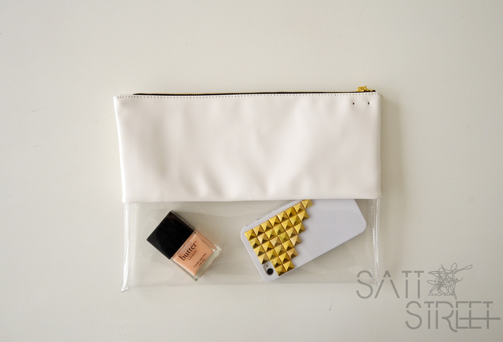 SattStreet — Half Transparent Clutch