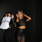 top,crop tops,ariana grande,skirt,black,hair accessory