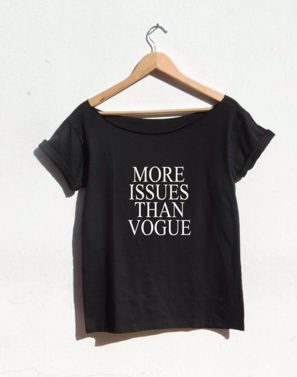 vogue t-shirt print trendy fall outfits style