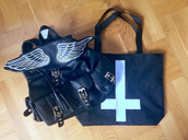 bag,backpack,wings,black